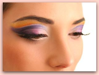 How to Apply Eyeshadow: The tips to applying your eyeshadow.