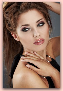 Natural Makeup Brands on Top Makeup Brands  Find The Best Name Brand Makeup And Foundations