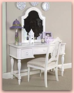 Vanity Makeup Tables